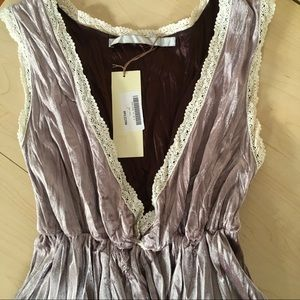 Flirty Tan Crushed Velvet Lace Top Size S NWT